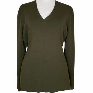 4/25 Chico's size 3 Olive Green V-Neck Sweater